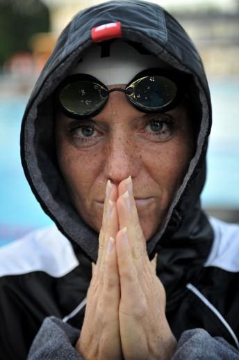 Kirsten Bruhn, Gelähmte Schwimmerin, Neumünster