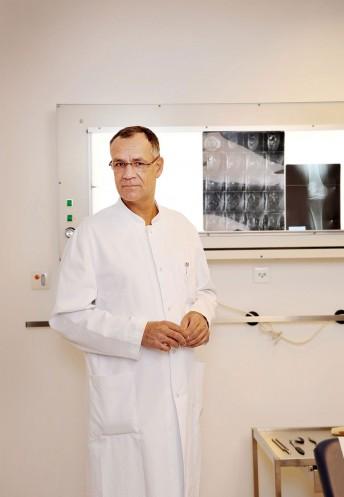 Dr. Klausner